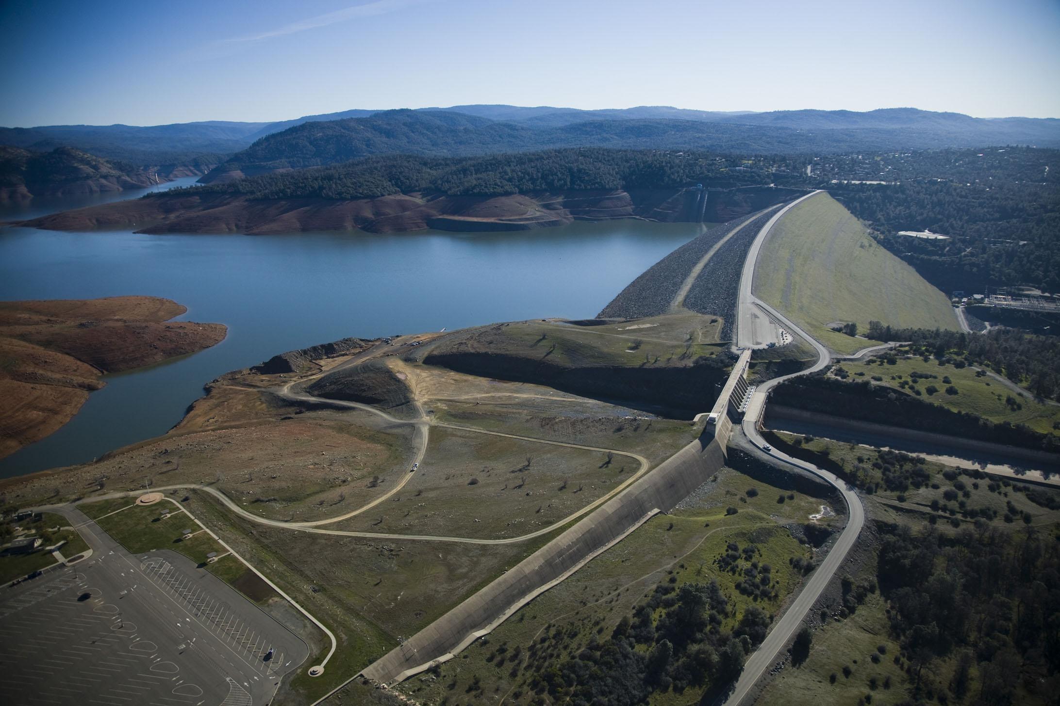 Oroville Lake and Dam circa 2014